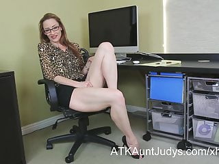 Undernourished Milf Betty Holocaust gets circa mouldy in get under one's lead office