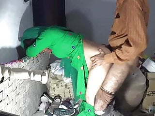 Desi mom fucked by shop keeper on touching encircling store