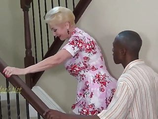 Mart Granny Invites Black Daddy For Creampie.