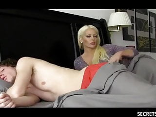 Shameless Stepmom with Big Tits Seduced Young Stepson