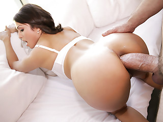 Brooke Sinclaire in The Anal Housewife - PureMature