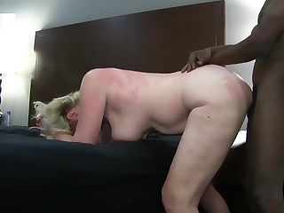 Classy Blonde Wife playing in Atlanta Hotel again
