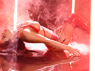 Red Hot Free Video With Madison Ivy - BRAZZERS