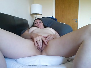 Karen plays with her clit her vibrator is inner her