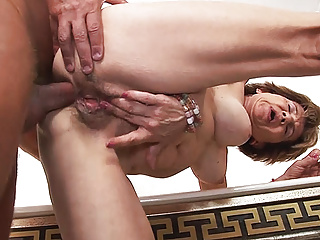 79 years old mom anal close to stepson