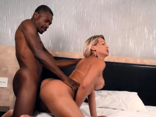 Blonde Tgirl Pamela Lenvisk Gets Blacked