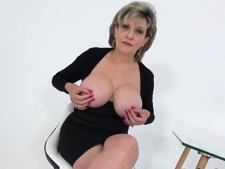 Lady Sonia invites you over after catching you wanking