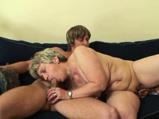 Shaved pussy old matured takes it detach from behind
