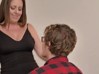 Mom seduces nerd son