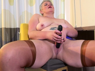 EuropeMaturE Horny Mature Candy Solitary Masturbation