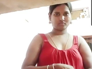 Madurai, Tamil sexy aunty in chimmies with hard nipples