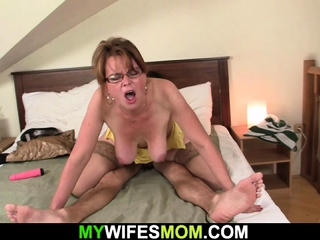 Sultry girlfriends mother sucks and rides his young dick