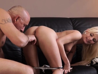 Papa desires xxx Horny towheaded wants to attempt