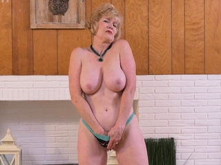 Busty granny Sindee will amaze you with her high sexual relations drive