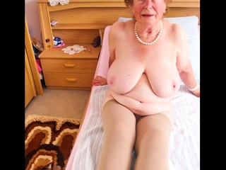 OmaGeiL Poised Granny Content From Internet