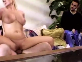 Marrieds Having Fun Fucking Another