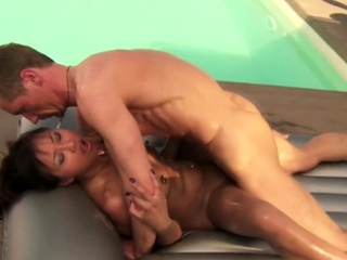 Naked Nuru Body Massage For His Cock